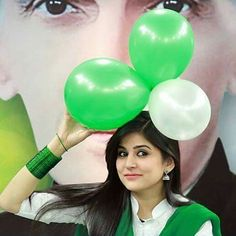 Independence Day Pictures, Pakistan Independence Day, Pakistan 14 August, Pakistan Armed Forces, Girlz Dpz, Pakistan Army, Green Dress, Actors & Actresses, Marriage