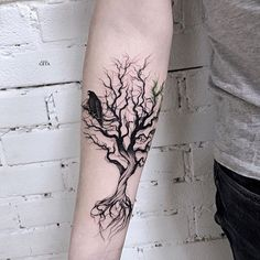 1001 + ideas for blackwork tattoo to enjoy - a tree with roots and bare branches a black bird all black tattoo -▷ 1001 + ideas for blackwork tattoo to enjoy - a tree with roots and bare branches a black bird all black tattoo - Heidnisches Tattoo, Pray Tattoo, Tattoo Fonts, Back Tattoo, Body Art Tattoos, Sleeve Tattoos, Cool Tattoos, Samoan Tattoo, Polynesian Tattoos