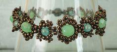 http://craftyinspirationbylinda.blogspot.com/2016/01/christmas-bracelet-3-picots-pearls.html 1/11/16