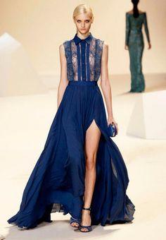 El diseñador Elie Saab presentó para primavera- verano una colección espectacular de elegantes vestidos de fiesta para boda 2013. Todos los diseños contaron con siluetas muy favorecedoras, así como textiles coloridos, cortes simples, transparencias y telas voluminosas. Perfectos para una boda a cualquier hora del día.