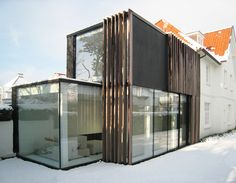 House Glass Extension in Belgium by Keller Minimal Windows Architecture Extension, Houses Architecture, Container Architecture, Beautiful Architecture, Residential Architecture, Interior Architecture, Installation Architecture, Casas Containers, Appartement Design