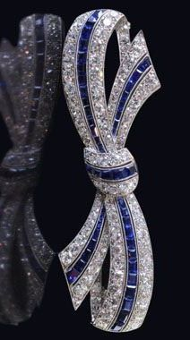 VAN CLEEF & ARPELS Paris.ART DECO 1922.Beautiful sapphire and diamond bow brooch