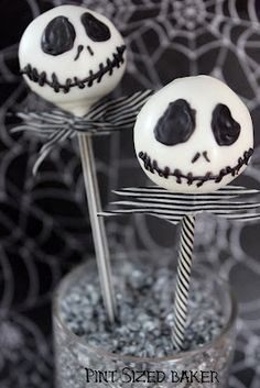 Pint Sized Baker: Jack Skellington Cake Pops
