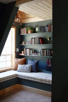 29 Cozy and Comfy Reading Nook Space Ideas Home Design, Design Art, A Frame Cabin, Book Corners, Cozy Nook, Reading Room, Cozy Bedroom, My New Room, Living Spaces