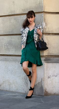Sure, you can wear #sexydateoutfit for the second date. But make sure you go for a sublime sexy look. Pick a #wrapdress or asymmetric dress that shows your legs, yet is not too short. And style it with a #cool #bomberjacket and #sassy #pumps Ps. Visit Brunette from Wall Street to find out where to shop this #dateoutfitidea