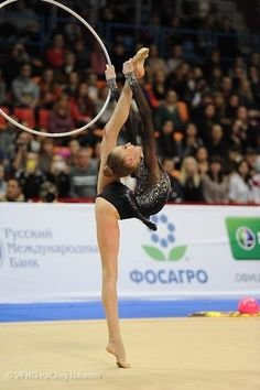 Maria Titova back flexibility