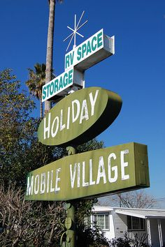 20080228 It Takes a Mobile Village by Tom Spaulding, via Flickr