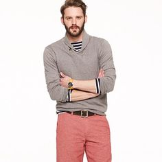 reminds of being on the ocean with the faded red pants and blue-white striped shirt under sweater. i like this a lot.