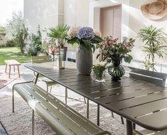 5 idées à piquer à cette terrasse couverte très déco - Côté Maison Deco, Courtyards, Terraces, Decor, Deko, Decorating, Decoration