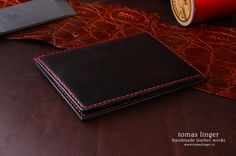 handmade slim wallet made of leather