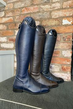 The stunning De Niro Salentino Horse riding boots. Handcrafted from soft, textured calfskin leather featuring a patent croc detail top and contrast white stitching. Horse Riding Boots, Cowboy Boots, Show Jumping, Equestrian Style, Dressage, Italian Leather, Crocs, Horses, Fashion