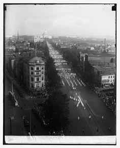1920's  KuKluxKlan march in Washington DC