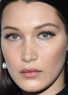 Close-up of Bella Hadid at the 2015 Global Lyme Alliance Gala. http://beautyeditor.ca/2015/10/20/best-beauty-looks-penelope-cruz