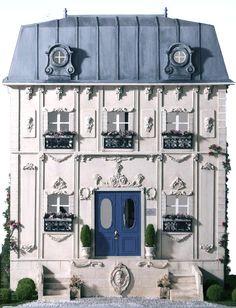 antique dollshouse