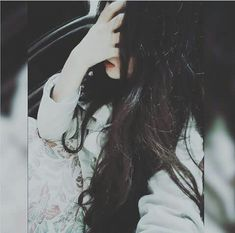 Uploaded by KiT KaaT. Find images and videos about sad, red lips and dp on We Heart It - the app to get lost in what you love. Cute Girl Poses, Cute Girl Photo, Girl Photo Poses, Cute Girls, Girls Dp Stylish, Stylish Girl Images, Attractive Eyes, Girl Hiding Face, Profile Picture For Girls