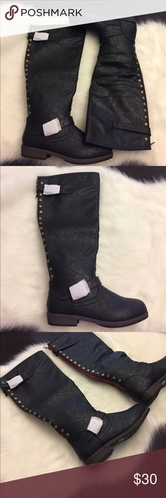 GC Women's Black Spokane Knee High Boots Size 8.5 GC Women's Black Spokane Knee High Riding Boots Size 8.5. These are brand new with box. Super cute! Box shows a little damage from shelf handling. Please check out my other listings! Thanks! GC Shoes Over the Knee Boots