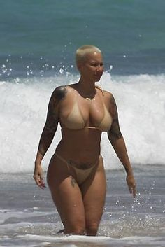 Amber Rose, Thick Girl Fashion, Curvy Women Fashion, Sexy Bikini, Bikini Girls, Playboy, Vrod Harley, Mädchen In Bikinis, Curvy Girl Outfits