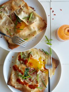 Ham, Spinach and Swiss Stuffed Breakfast Crepes