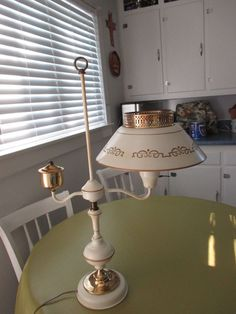 Antique White/Gold Tole painted and Weighted Table/Student metal Lamp tall Tole Painting, Vintage Lighting, White Gold, Ceiling Lights, Antiques, Metal, Table, Home Decor, Antiquities