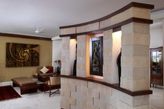 Entrance feature wall.