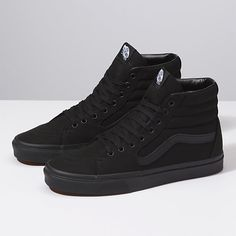 Shop Women's Vans Black size 9 Sneakers at a discounted price at Poshmark. Description: Women black vans Size 9 Excellent condition Only worn a handful of times. Sold by Fast delivery, full service customer support.