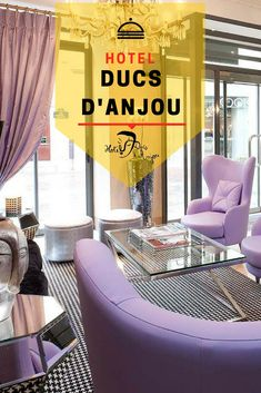 Hotel des Ducs d'Anjou is a stylish hotel in central Paris, steps from the Louvre Museum, Notre Dame, Beaubourg Modern Art Centre and the Marais district. Museum Paris, Louvre Museum, Duc D'anjou, 4 Star Hotels, Notre Dame, France, Modern, Trendy Tree, French