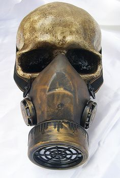 SURVIVAL WITH ATTITUDE! Brand new fully functional distressed look lightweight single filter respirator/gas mask with adjustable straps. Steampunk Gas Mask, Arte Steampunk, Gas Mask Art, Masks Art, Gas Masks, Apocalypse, Tattoo Caveira, Skull And Bones, Dieselpunk
