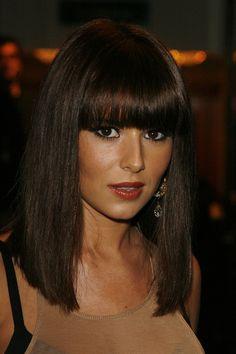 Cheryl Cole looks good with any hair style. Truy cập www.korigami.vn hoặc các bạn vui lòng gọi 0915804875 gặp thầy Kuan hẹn lịch làm tóc hoặc đăng ký học nghề nhé