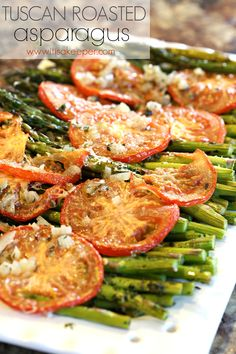 This recipe for Tuscan Roasted Asparagus is one of my favorite healthy easy dinner recipes. It's easy to make and very flavorful. Baba food to make Healthy Recipes, Side Recipes, Easy Healthy Dinners, Easy Dinner Recipes, Healthy Snacks, Vegetarian Recipes, Healthy Eating, Cooking Recipes, Easy Recipes