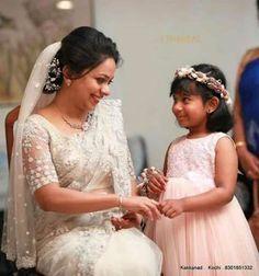68 Trendy Ideas for hairstyles wedding veil White Saree Wedding, Kerala Wedding Saree, Bridal Sari, Modest Wedding Gowns, White Bridal, Wedding Outfits, Indian Bridal, Wedding Attire, Christian Wedding Dress