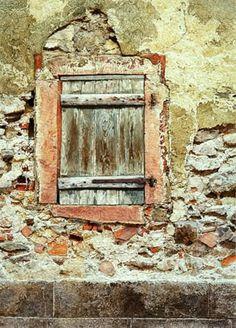 Back Street Window - Keyserberg, France