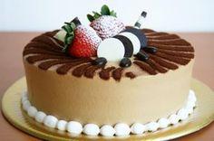 Receta de Pastel de moka envinado #RecetasGratis #RecetasdeCocina #RecetasFáciles #Postres #PostresFáciles #Desserts #PostresCaseros #Pastel #Tarta