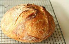 Homemade no knead bread recipe Knead Bread Recipe, No Knead Bread, Pan Bread, Bread Recipes, Cooking Recipes, Cooking Bread, Kolaci I Torte, Tv Chefs, Rustic Bread