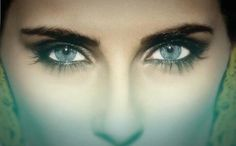 Nelly Fertado / Waiting For the Night Beautiful Women, Eyes, Makeup, Pretty, Entertainment, Deep, Musica, Beauty, Make Up