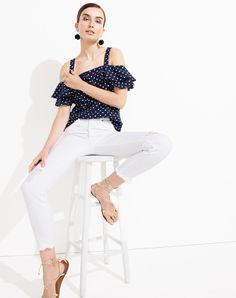 J.Crew Double Take: White Denim, 2 Ways the vintage crop jean #whitejeans #whitepants #howtowear