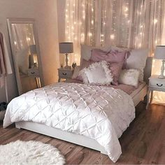 Vintage Bedroom 20 Small Bedroom Design Ideas You Must See - Housiom - Some people like a minimalist approach, while others have bedroom ideas that are quite extravagant. Take look the 20 Small Bedroom Design Ideas.