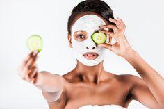 Misión post verano: Tratar las huellas del sol en la piel - http://www.femeninas.com/post-verano-como-cuidar-la-piel/