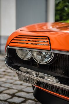 it Cars — Alfa Romeo Montreal Images by Bas Fransen Alfa Romeo Gtv 2000, Alfa Romeo Giulia, Alfa Romeo Cars, Montreal, Best Muscle Cars, Sports Sedan, Twin Turbo, Ford Gt, Vintage Cars