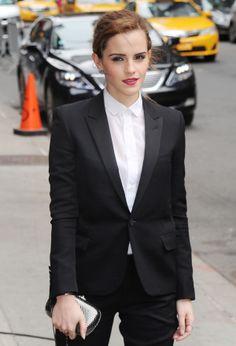 Emma Watson looking elegant in Saint Laurent black fitted suit. Black Fitted Suit, Sonam Kapoor, Celebrity Red Carpet, Emma Watson, Red Carpet Fashion, Suit Jacket, Vest, Saint Laurent, Suits