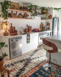 Stunning Fall Kitchen Design for Home Decor What's Decoration? Decoration could be the art of decorating … Boho Kitchen, Kitchen Dining, Kitchen Plants, Crazy Kitchen, Kitchen Rustic, Kitchen Small, Design Kitchen, Kitchen Island, Küchen Design