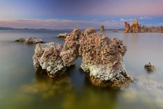 Tufa Towers Photography by Marshall Fisher, Las Vegas, NV, USA Photographed at Mono Lake, California 93541, USA  Read more: http://www.smithsonianmag.com/photo-contest/2014-10-08/tufa-towers/#dL2sduKZGQriCJVD.99