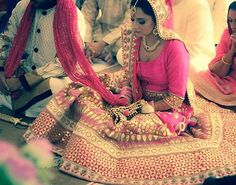 Wedding is one happy occasion for every girl I know, be it a love marriage or an arranged one. So here I am telling you few basic things about a Real #IndianWedding. Trust me, these are the confessions of a true-blue #Indianbride!