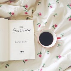 The Goldfinch by Donna Tartt. Sunday Mornings at Suite Sweet Suite. (Instagram by @ledavolli)
