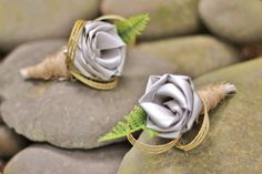Twine wrapped flax buttonholes.         www.flaxation.co.nz