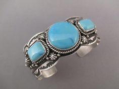 Ruby Jewelry, High Jewelry, Dainty Jewelry, Sterling Silver Jewelry, Jewelry Bracelets, Navajo Jewelry, Jewelry Model, Bracelet Turquoise, Kingman Turquoise