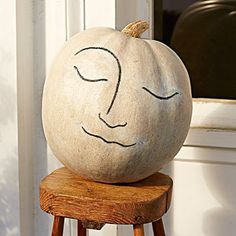 A large white pumpkin plays the part of la lune. Recreate the classic man-in-the-moon look with a simple line drawing. Halloween Door Decorations, Halloween Crafts For Kids, Holidays Halloween, Halloween Ideas, Halloween Magic, Halloween Displays, Halloween Goodies, Homemade Halloween, Thanksgiving Decorations