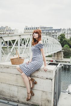 De l'Echange | Miss Pandora - Louise Ebel