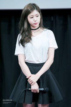For the charming.Jung So Min 정소민 Jung So Min, Kim You Jung, Korean Actresses, Korean Actors, Hwang Jin Uk, Korean Girl, Asian Girl, Dramas, Baek Seung Jo