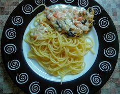 Маруусина каморка: Паста с морепродуктами в сметанном соусе.