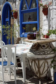 ALACATI IZMIR (A fish restaurant and also served delicious Turkish & Aegean food. )